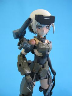 A very popular series of art work and model kits coming out of Japan with a soon to be released anime. When snapped the model is very toy like and in this vi. Frame Arms Girl, Popular Series, Watch V, Master Chief, Japan, Soldiers, Model, Youtube