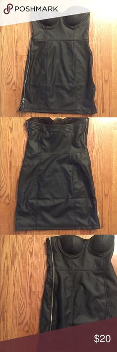 Black Strapless Faux Leather Dress New with Tags Black Strapless Faux Leather dress Size Medium. Zippers on sides-fun, 'little' black dress!Forever 21 Forever 21 Dresses Strapless