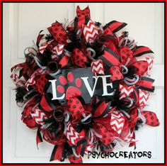 Dog Love Wreath  Cat Love Wreath  Pet Love by PsychoCreators