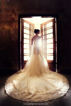 Beautiful wedding gown photo by Emolight Photography at Bridestory.com  #wedding #weddings #wedding-gown #wedding-dress #brides #bridestory