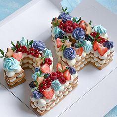 Очередная циферка 2️⃣9️⃣ Каждый торт неповторимый и только для Вас❤️ ————————————————-#тортмосква #торт #тортик #тортыназаказ… Buttercream Decorating, Cake Decorating, Mini Cupcakes, Cupcake Cakes, Biscuit Cake, Biscuits, Birthday Cake, Decorated Cakes, Desserts