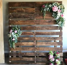 A must see rustic chic wedding tips, so kindly attain these simple mind-blowing . A must see rustic chic wedding tips, so kindly attain these simple mind-blowing wedding suggestions, pin image Pallet Backdrop, Diy Backdrop, Rustic Backdrop, Rustic Wedding Backdrops, Pallet Wedding, Farm Wedding, Wedding Table, Picture Backdrops, Wall Backdrops
