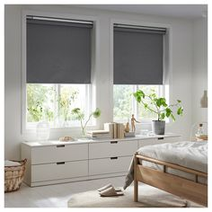 FYRTUR Blackout roller blind - wireless, battery operated gray (CA) - IKEA Kit Homes, Roller Cortinas, Catalogue Ikea, Electric Blinds, Blackout Blinds, Blackout Shades, Ikea Home, Blinds For Windows, Bedroom Designs