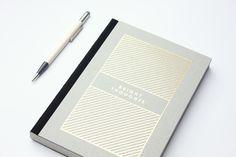 Gold notebook sketchbook » Bright thoughts « von NAVUCKO auf Etsy https://www.etsy.com/de/listing/230816345/gold-notebook-sketchbook-bright-thoughts