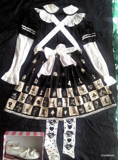 Baby the Stars Shine Bright BABY Angelic Pretty AP black and white chess fashion coord back ベイビーザスタズシャインブライト アンジェリック ファッション 白 黒 チェス コーディネート 後ろ