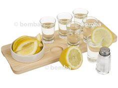 Servírovacia súprava Tequila obsahuje všetko, čo potrebujete pre správne vychutnanie si obľúbeného nápoja na rôznych oslavách...
