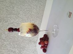 Vitavini (Litchi Juice, Moschato Grapes, Lime Juice, Sugar Syrup, Sparkling Wine)