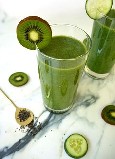 How to make a tasty green smoothie | foodspacesplaces.com