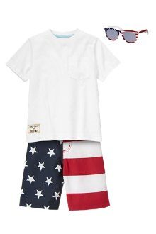 Awesome American flag swim trunks and matching wayfarer sunglasses from @Gymboree at #CityPlace will keep your little man cool, comfortable and patriotic this 4th of July.