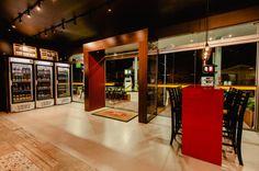 (De ND HAUS) Shop Interior Design, Divider, Room, Bruno Ferreira, Furniture, Home Decor, Studio, Convinience Store, Design Ideas