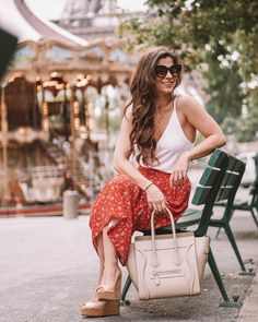 Today, I'm going to be sharing with you European brands that carry petite sizing! Celine bag, red skirt, white cami, what to wear in Paris, nude wedges, celine luggage bag, fall fashion, prefall fashion, fashion 2020, fashion 2021, red printed skirt, how to layer, how to style a skirt, trendy outfit, quai sunglasses, long hair, early mornings in paris Only Fashion, Fashion 2020, Fashion Brand, Fashion Beauty, Fashion Fashion, Spring Summer Fashion, Autumn Fashion, Petite Jeans, Celine Bag