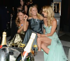 Sarah Jessica Parker, Gwyneth Paltrow, and Kate Hudson all stunned in gorgeous gowns at the Tiffany & Co. Blue Book Ball in NYC.