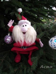 Ravelry: Project Gallery for 057 Santa Claus Amigurumi pattern by LittleOwlsHut