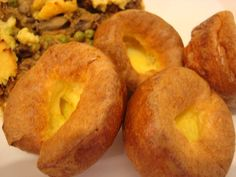 The best low carb Yorkshire puddings. Learn my fail-proof method and enjoy one or two with your keto Christmas roast dinner.