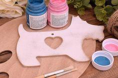 Ξύλινο Σκωτσέζικο Σκυλάκι 19cm WC4-0221-01  Χρησιμοποιήστε το σκωτσέζικο σκυλάκι για να δημιουργήσετε πρωτότυπες μπομπονιέρες ή διάφορες χειροτεχνίες,για να στολίσετε τη λαμπάδα και το κουτί της βάπτισης, το τραπέζι των ευχών και το candy buffet.