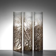 Holly Grace, Pretty Valley, 2015, blown glass with glass powder & metal leaf surfaces, sandblasted imagery | sabbia gallery