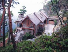 A winding driveway makes a great entrance! Moceri Construction | Custom Home Builder Bellingham, WA