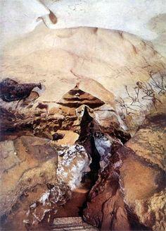 Paleolithic cave paintings in the Nave at Lascaux - Grotte de Lascaux.