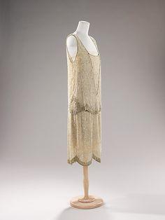 Evening dress Edward Molyneux (French (born England), London 1891–1974 Monte Carlo)  Date:     1925 Culture:     French Medium:     silk, rh...