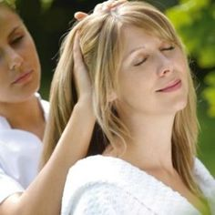 Make Your Hair Shiny And Soft Naturally