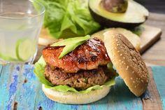 Esta hamburguesa hawaiana es perfecta para los amantes de este delicioso…