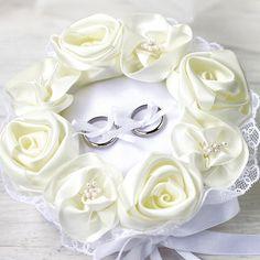 リングピロー〔ホワイトローズ〕完成品|結婚式演出の手作りアイテム専門店B.G.