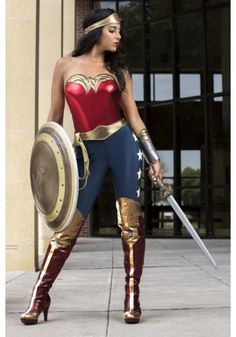 What better way to celebrate the new Justice League movie than to become one of your favorite superheroes with this Adult DC Wonder Woman Costume. Dc Costumes, Costumes For Teens, Cute Halloween Costumes, Super Hero Costumes, Adult Costumes, Halloween Halloween, Disney Costumes, Wonder Woman Pictures, Wonder Woman Art
