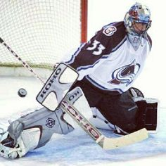 Patrick Roy - Colorado Avalanche--Brandon is so excited about the Patrick Roy (his favorite player) and Joe Sakic team now running our Colorado Avalanche! Such great news! Nhl Hockey Teams, Hockey Rules, Hockey Goalie, Hockey Mom, Hockey Players, Ice Hockey, Hockey Stuff, Denver Colorado, Denver Broncos