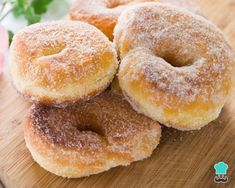 Homemade donuts, also known as donuts or donuts, are very easy to prepare and are one of the favorite snacks of children. Fun Easy Recipes, Special Recipes, Sweet Recipes, Donut Recipes, Cooking Recipes, Authentic Mexican Recipes, Homemade Donuts, Candied Pecans, Pan Dulce