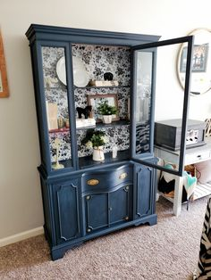 Hutch Furniture, Painting Furniture, Repurposed Furniture, Furniture Projects, Furniture Makeover, Antique Hutch, Antique China Cabinets, Painted China Cabinets, Dining Hutch