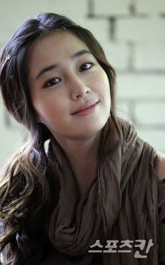 Lee Min-Jung    also spelled Lee Min-jung) is a South Korean actress and model. She is best known for playing the role of Ha Jae Kyung on the popular 2009 idol drama Boys Over Flowers. Her first lead in a TV series is in Smile, You playing Seo Jeong In, partner of Jung Kyung Ho.