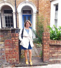 Aujourd'hui je vous propose un look avec une jolie jupe en jean rétro, facile à porter et tellement confortable! La jupe en jean  J'ai un short en jean, une veste en jean et bien sur une jupe en jean dans ma garde robe capsule. Ce sont des pièces indémodables et qui se portent avec …