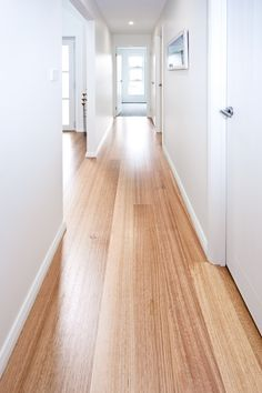 timber flooring Tasmanian Oak works extremely well and produces an excellent finish. It can be used in all forms of construction as scantlings, paneling and flooring, and can be glue-laminated to cover long spans. Houses Architecture, Modern Architecture, Wide Plank, Home Reno, Modern House Design, House Painting, House Colors, Decoration, Hardwood Floors