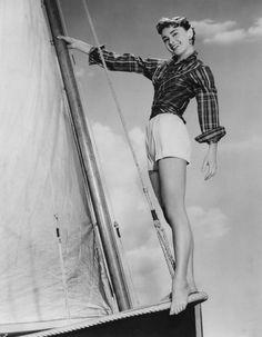 Audrey Hepburn sur le tournage de Sabrina                                                                                                                                                                                 Plus