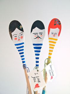 these make me think of my sister Susan. Personalised decorative wooden spoon hand by JessQuinnSmallArt, Spoon Art, Wood Spoon, Craft Stick Crafts, Diy Crafts For Kids, Wooden Spoon Crafts, Kitty Games, Painted Sticks, Diy Bottle, Kokeshi Dolls