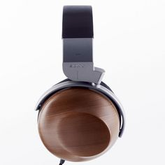 Flashback Friday: 1989 Sony MDR-R10. Check out our Sony Blog for the story on this awesome Sony product!