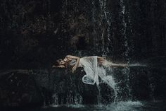 Nestled in central Italy, in the city of Perugia, Alessio Albi has built a stunning portfolio of mysterious and dramatic portraits of women, allowing viewers to interpret the combination of their gaze and the naturalistic settings. Though not initially setting out to make a career out of his photography, Alessio happened to stumble into it with his love for the art. Now, he balances his thriving photography business with his profession as a nutritionist. Using beautiful natural environments…