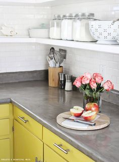 DIY Home Improvement On A Budget - Concrete Countertop DIY - Easy and Cheap Do It Yourself Tutorials for Updating and Renovating Your House - Home Decor Tips and Tricks, Remodeling and Decorating Hacks - DIY Projects and Crafts by DIY JOY Stylish Kitchen, Concrete Kitchen, Countertops, Kitchen Remodel, Updated Kitchen, New Kitchen, Home Kitchens, Diy Kitchen, Diy Countertops