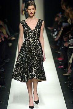 Céline Fall 2004 Ready-to-Wear Fashion Show - Diana Dondoe