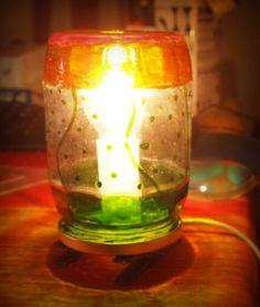 lampara de reciclaje pintada con pintura de vidrio