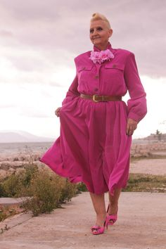 Pink Shirt Dress & Flower DIY Necklace | MIS PAPELICOS