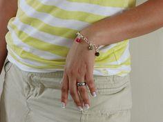 Joyas de Autor  Sugel Co.  Elaborada en: El Taller del Orfebre - Panamá  Bellisima pulsera de plata con agatas faceladas. Completamente artesanal. Hecha a mano