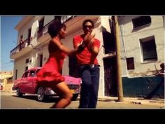 dance video: salsa dancing - salsa cubana - Casino - and exciting dance with Cuban born Maykel Fonts source Shall We Dance, Lets Dance, Dance Videos, Music Videos, Musica Love, Cuban Salsa, Musica Salsa, Cuban Culture, Salsa Music