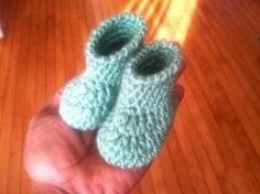 Crochet baby bootie pattern - by far the clearest and most simple pattern I've found. Also easy to modify or embellish.