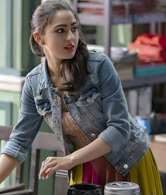 Sara Ali Khan Love is that which can makes you smile when you're tired! Lot of Love By Bollywood Images, Bollywood Girls, Bollywood Stars, Bollywood Fashion, Bollywood Outfits, Beautiful Bollywood Actress, Beautiful Indian Actress, Beautiful Actresses, Beautiful Women