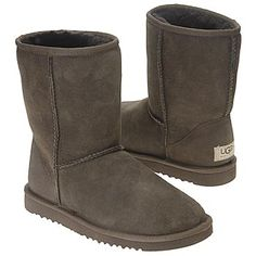 UGG Boots Classic Short (Chocolate) - Women's UGG Boots- 10.0 M