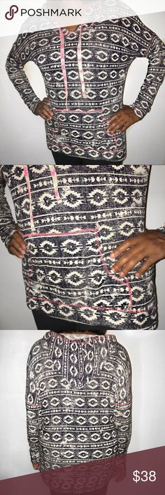 Aztec Hooded Black & White Pullover Sweatshirt❤️ Aztec Hooded Black & White (with hints of pink) | Pullover Sweatshirt❤️ | It's VERY LIGHTWEIGHT | Size: XL | It's Aztec print and slightly faded (that's how it's suppose to be) | Good condition | It does have a pocket in the front ❤️ Maurices Tops Sweatshirts & Hoodies