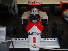 McLaren MP43 formula 1