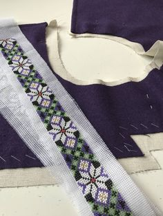 Traditional Dresses, Floral Tie, Diy And Crafts, Sky, Costumes, Beauty, Fashion, Hardanger, Shirts