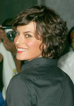 Short Curly Hairstyles/ may be it with a little variation